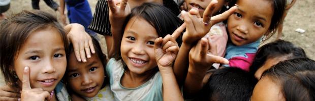 Laos kids 620-200
