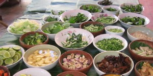 people-of-laos-eat 300150
