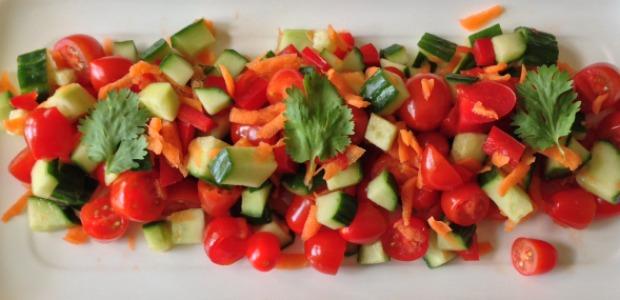 ensalada de pepino y tomates 620+300