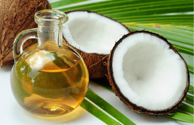 coconut-and-coconut-oil-620400
