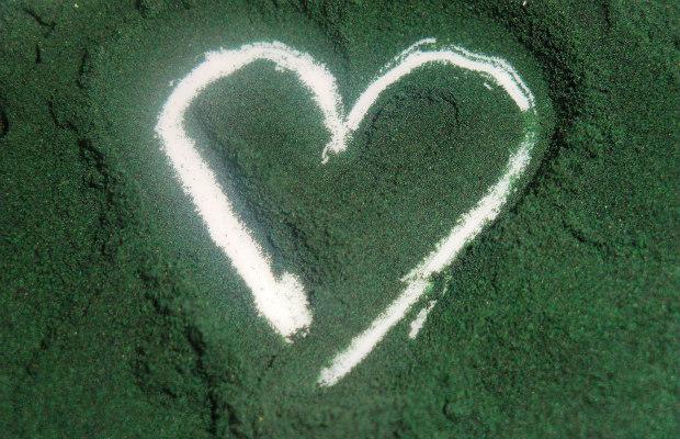 spirulina-heart-620400